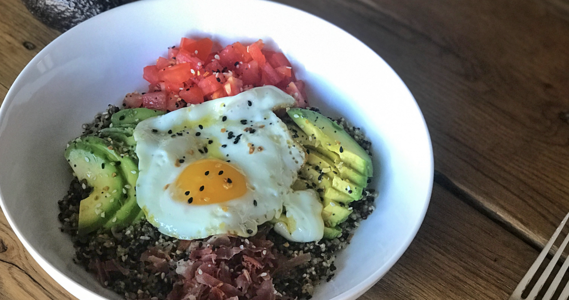 Gluten Free Quinoa Breakfast Bowl!