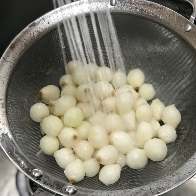 Kitchen Hack…How to Peel Pearl Onions Quickly